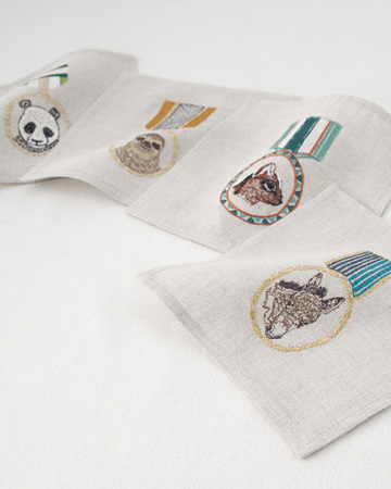 CORAL&TUSK COCKTAIL NAPKINS SET OF 4-6 ナプキン (485 MEDALS SET OF )